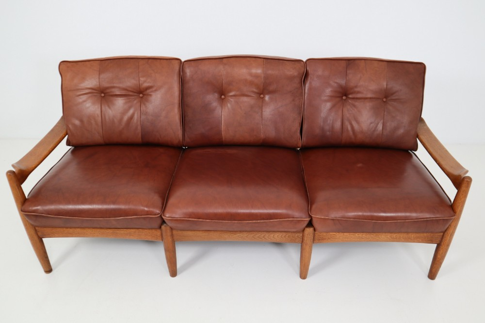 Swell Mid Century Modern Leather Sofa Mid 20Th Century Sofas And Pdpeps Interior Chair Design Pdpepsorg